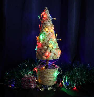 Designer Christmas tree with seashells №17836