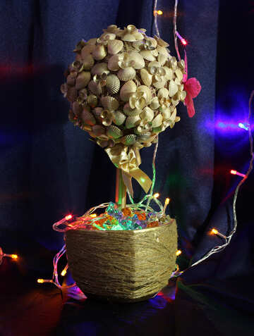 Золотое дерево из ракушек №17844