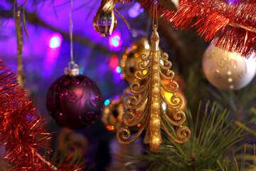 Christmas tree on the tree №17991