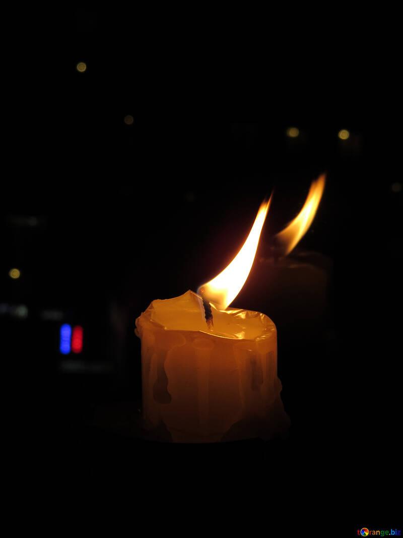Kerze in der Stadt №17402