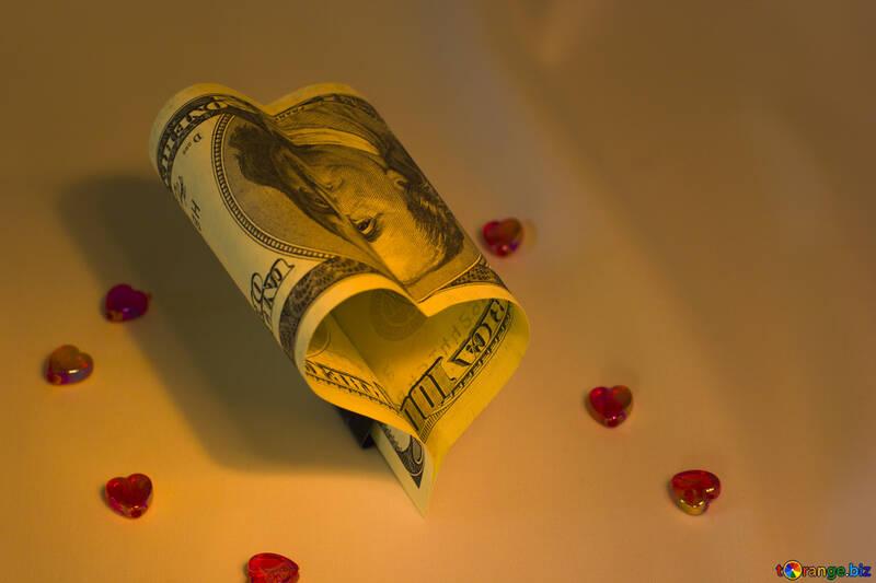 Сердечко из денег №17529