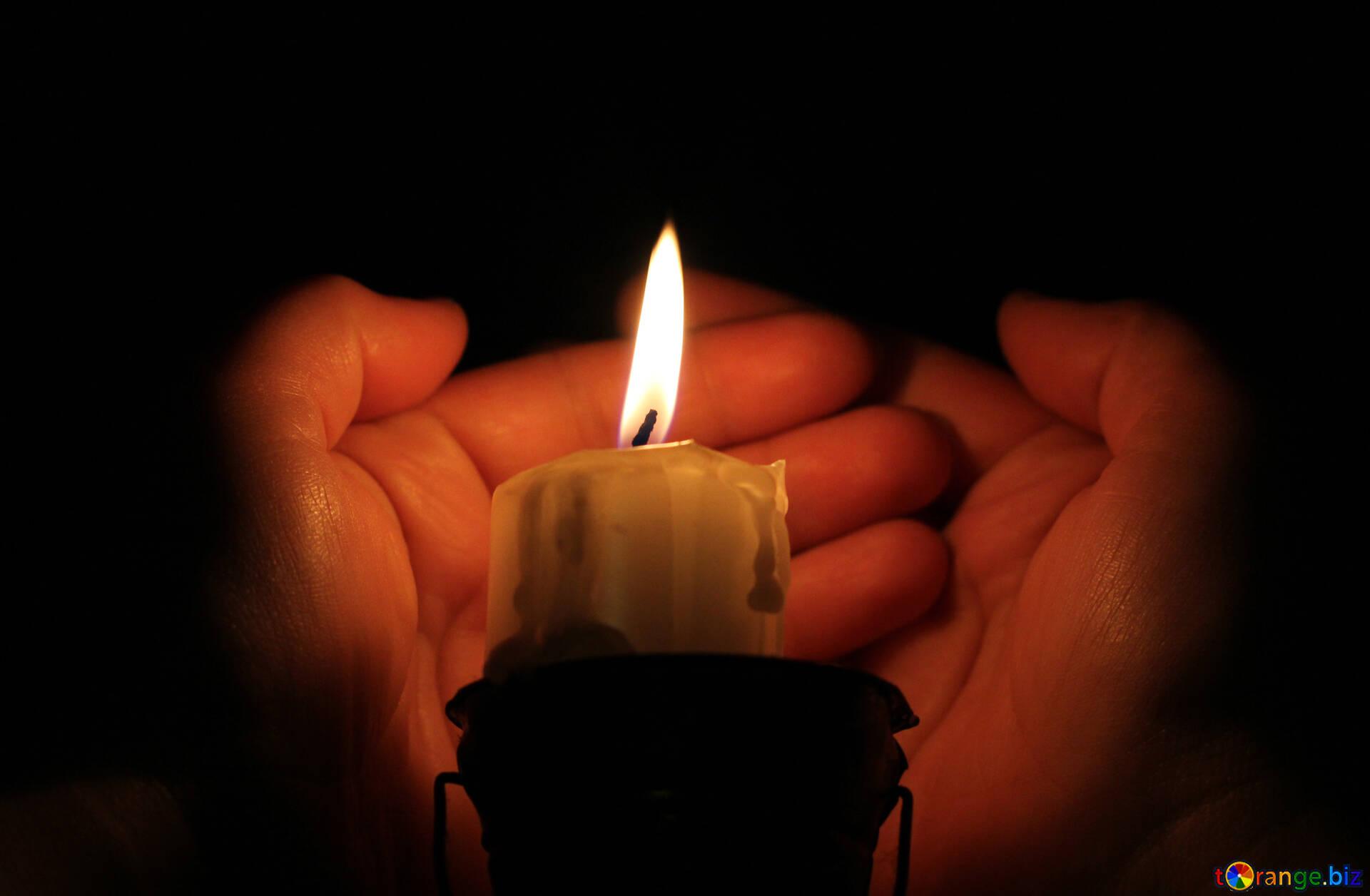 Картинки горящих свечей анимация