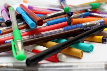 Pens №18600