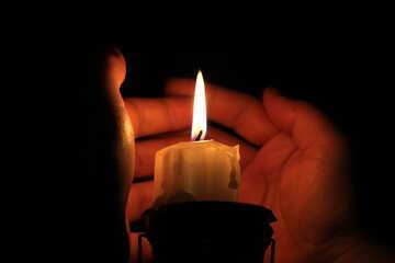 Get warm by candlesticks №18087