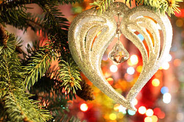 Symbol of love on the tree №18385
