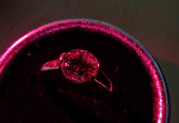 Anello con rubino №18292