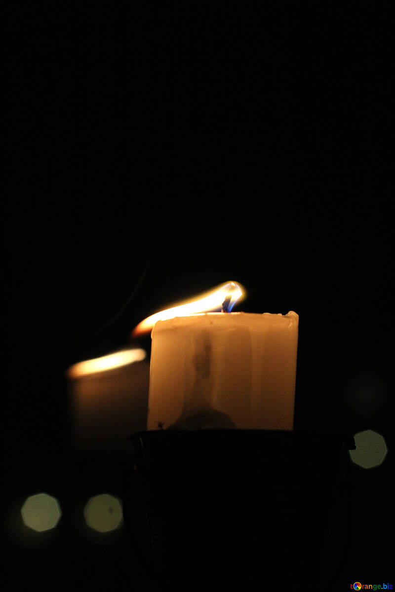 The wind blows away the candle flame №18124