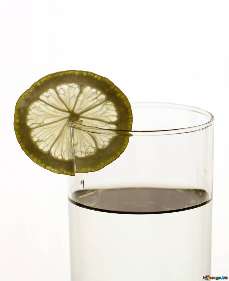 Water with lemon №18314