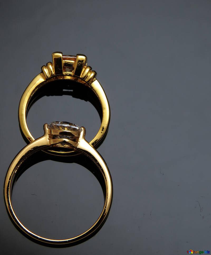 Deux anneaux №18260