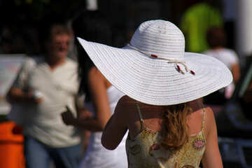 Wide-brimmed white hat №2214