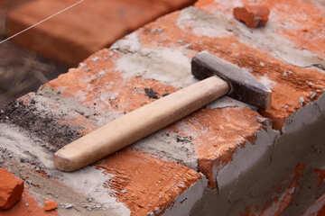 hammer on bricks  №2912
