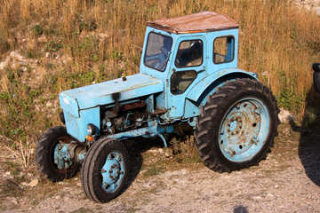 Old tractor №2281