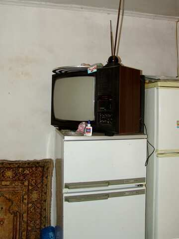 The old TV on the refrigerator №2482