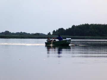 Fischer auf einem Boot №2006