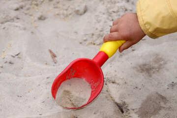 Shovel in the children`s handle №2863