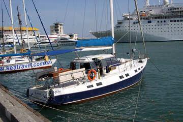 Yacht   orificio №2181