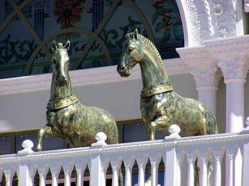 Escultura del caballo №20842