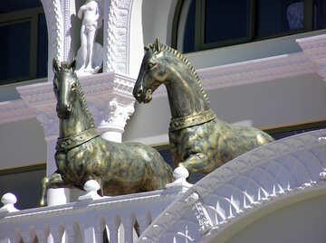 Skulpturen von Pferden №20839