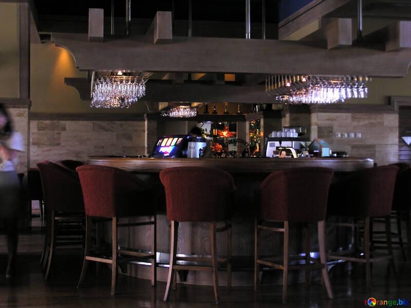 Sgabello in legno masello di abete da interno casa bar ristorante