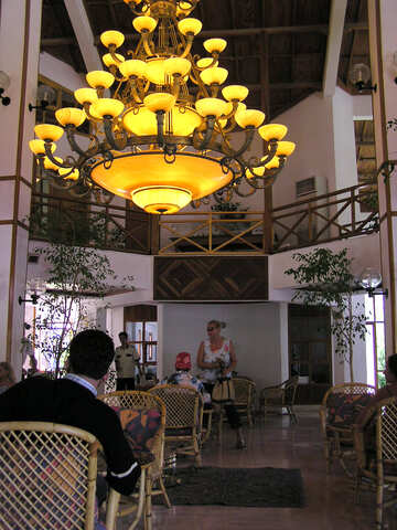 Chandelier Restaurant №21670