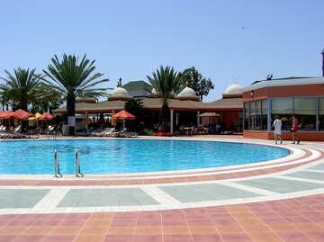 Tiles around the pool №21710