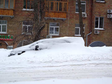Parked car covered with snow №21577