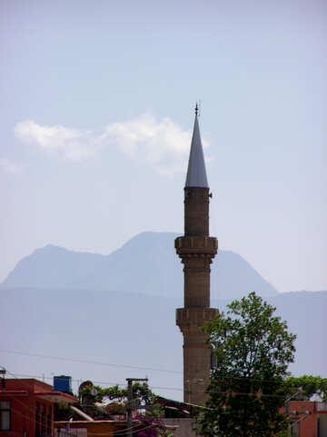 Minareto di montagne sullo sfondo №21739