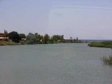 Il fiume sfocia nel mare №21068