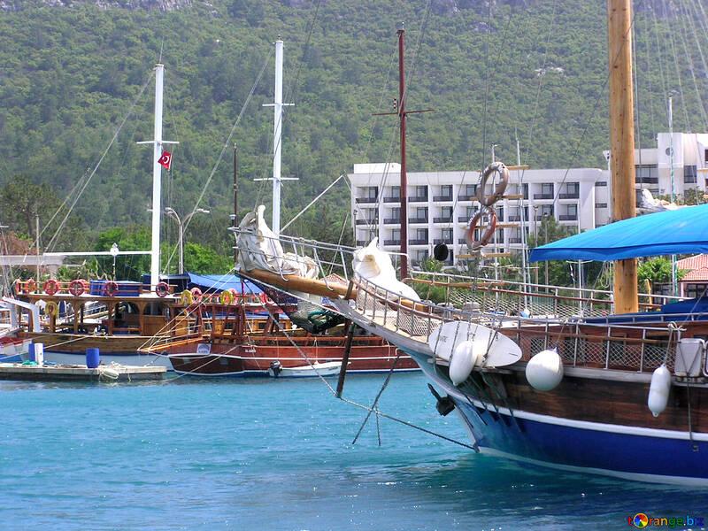 Yacht nella baia №21913