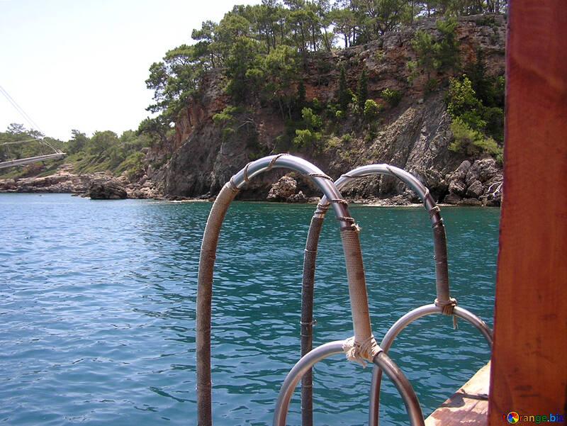 Scaletta di nuoto in mare dalla barca №21930
