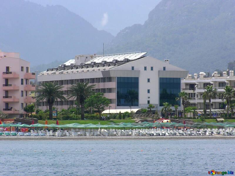 Hotel en la playa №21914