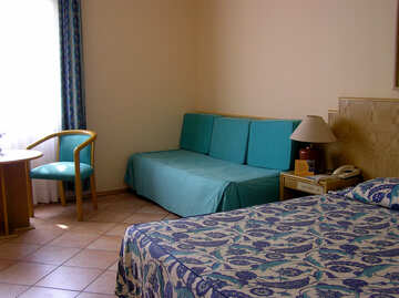 A hotel room with an extra sofa bed №22059