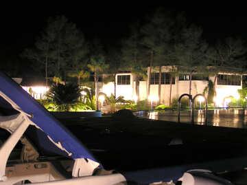 Por la noche la piscina №22077