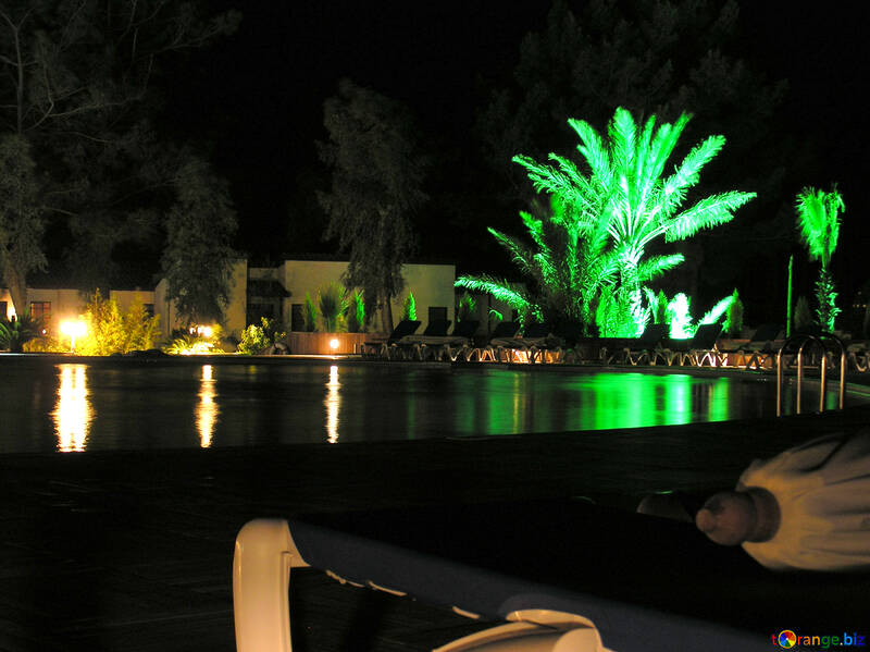 Nachtbeleuchtung am pool №22078
