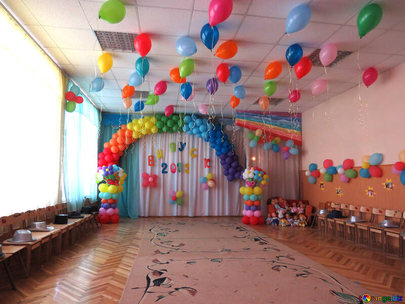 Holiday in kindergarten room decoration balloons toy № 22110