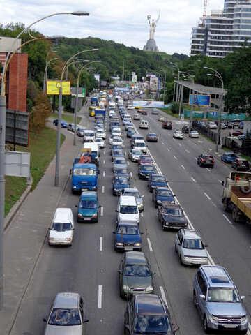 Kiew-Verkehr №23519