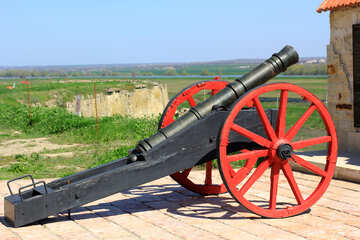 Antique cannon on gun carriage №23712