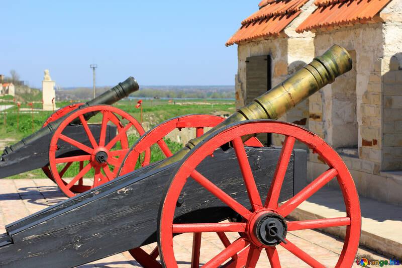 Gun on gun carriage №23710