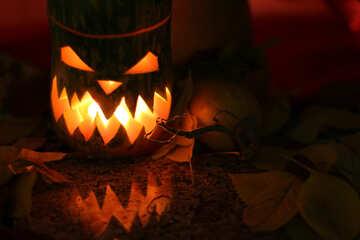 Light from pumpkin on Halloween №24284