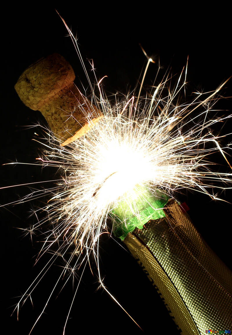 Champagne with sparkler №25602