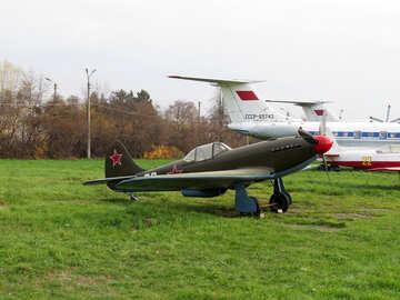 Soviet fighter Yak-9 №26092