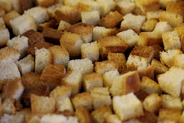 White bread croutons №26987