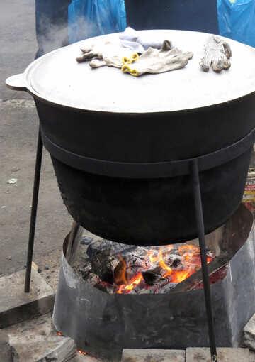 Food in big pot №27724