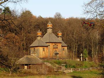 Chiesa di legno grande №28483