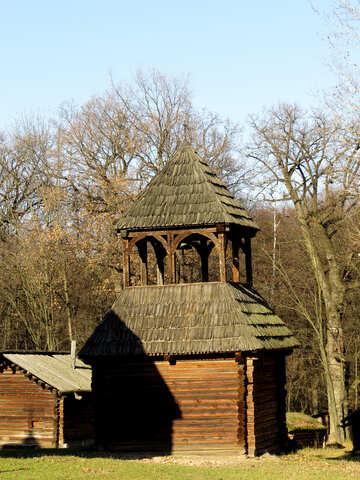 Piccola chiesa in legno №28623