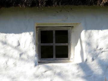 Textur des alten Fensters in einem alten Haus №28561