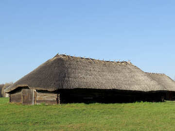 A large wooden barn №28643