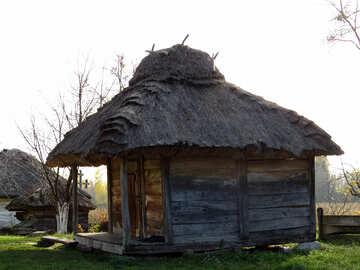 Vecchia casa in legno №28854