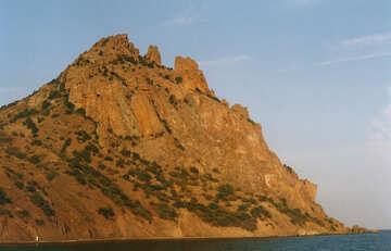 Montaña en el mar №29202