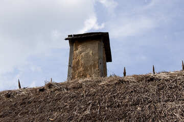 of clay in the Chimney thatched roof cottage house  №3310